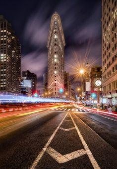 8 ways to get sharp photos at night