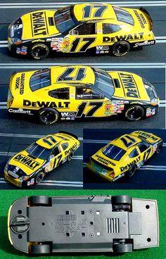 Scalextric C2594 Ford Taurus NASCAR DeWalt Matt Kenseth 2005