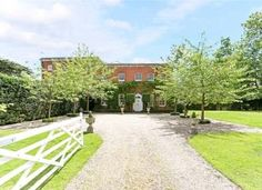 Savills | Binfield Park, Binfield, Bracknell, Berkshire, RG42 5NT | Property for…
