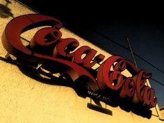 Algo viejo - Letrero de Coca-Cola #Reto15dias15fotos #CocaCola #Letrero #Antiguo #Alcoy