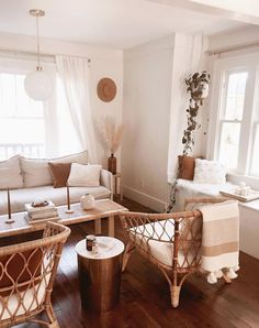 Bright Living Room With Natural Textures And Neutral Tones | Cozy And Calm  | Interior Decorating