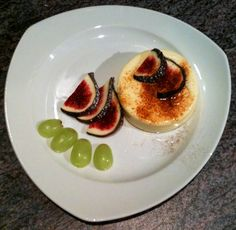 Panna Cotta with figs and grapes