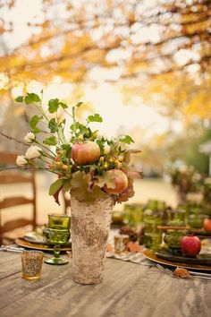 Beautiful fall centerpiece out of a log. Love the addition of apples. so unique! Thanksgiving Wishes, Rustic Thanksgiving, Autumn Table, Thanksgiving Centerpieces, Deco Floral, Deco Table, Decoration Table, Outdoor Decorations, Autumn Inspiration