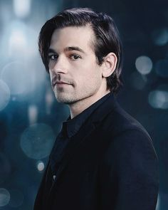 First picture of season 4 that syfy has released . And it all look HOT. Jason Ralph, The Magicians Syfy, Fantasy Shows, Character Quotes, Character Modeling, Damon Salvatore, Face Claims, Season 4, Peaches