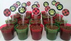 Brigadeiro no copinho no tema Miraculous: Lady Bug e Cat Noir!! #Brigadeironocopinho #DulceMimi #delícia #gostosuras #fds #catnoir #ladybug #miraculous #festa #Bday #festainfantil #tema #muitoamorenvolvido #cozinhaterapia #chocolate  #green #red #Black #decoração #joaninha #patinhas
