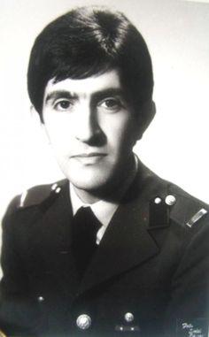 MÜZİSYEN, BESTEKAR, TV SANATÇISI (1943 - 1999) Anadolu Rock müzik türünün kurucularından olan Barış Manço Türk Rock müziğinin de öncülerindendir.