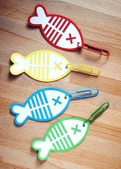 Singing time idea: Fishing game with printable template Craft Activities, Toddler Activities, Kids Crafts, Magnet Fishing, Primary Singing Time, Primary Music, Going Fishing, Fishing For Kids, Diy Games