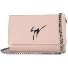 Giuseppe Zanotti Lory Patent-Leather Clutch Bag (€470) ❤ liked on Polyvore featuring bags, handbags, clutches, nude, patent handbags, patent leather purse, chain strap purse, patent purse and giuseppe zanotti