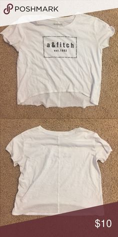 White crop top super cute crop top & i love this look Abercrombie & Fitch Tops Crop Tops