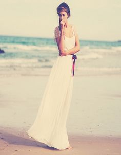 Beautifull Simple Wedding Dress Ideas : Simple Beach Wedding Dresses 2014