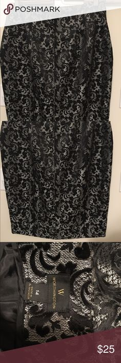 Silver and black damask midi skirt This a gorgeous Worthington silver midi skirt with a dense black damask pattern. Has a several inch slit in the back, very tailored on the hips and a hidden zipper. New w/tags. Size 14 on tag...seems to be a slightly smaller fit than a 14. Worthington Skirts Midi