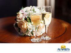 #tubodaenacapulco Las mejores bebidas para tu boda en Acapulco con The Beer Box. HAZ TU BODA EN ACAPULCO. Si estás buscando una empresa comprometida con ofrecer un servicio excelente y de la mejor calidad en lo que a bebidas para tu boda se refiere, The Beer Box es sin duda, la mejor opción. Su impresionante catálogo es el más extenso en la zona, así podrás elegir las bebidas para complacer a tus invitados. Te invitamos a realizar la boda de tus sueños en el hermoso puerto de Acapulco…
