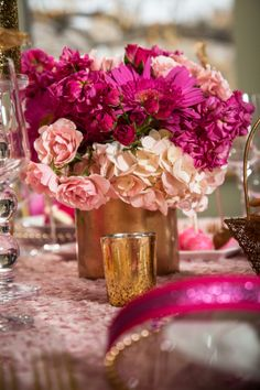 Glam Bridal Shower Shoot | Photography: Bollinger Images | Sarah Sofia Productions | via mytrueblu