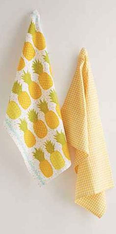 darling pineapple tea towel set