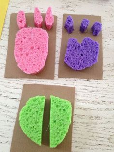 Track Stamps - Green Kid Crafts DIY Animal Track Stamps using sponges - great idea for toddlers and preschoolers!DIY Animal Track Stamps using sponges - great idea for toddlers and preschoolers! Toddler Preschool, Preschool Crafts, Kids Crafts, Preschool Jungle, Easy Crafts, Preschool Camping Theme, Camping Theme Crafts, Dinosaur Crafts Kids, Dino Craft