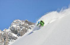Urlaub mit Hund und Katze im Hotel Bären, Winterurlaub mit Skifahren, Schneeschuhwandern und vielem mehr. Das Hotel Gasthof Bären ist einer der traditionsreichsten, gemütlichsten Gasthöfe in der Gegend und eignet sich hervorragend für einen genussvollen Winterurlaub um die Schönheit der Tiroler Berglandschaft näher kennen zu lernen.