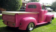 Love this pink truck!