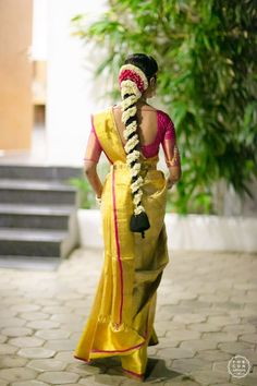 An Elegant Hyderabad Wedding With A Royal Reception – Famous Last Words South Indian Wedding Hairstyles, Bridal Hairstyle Indian Wedding, Bridal Hairdo, Bridal Braids, Wedding Updo, Saree Hairstyles, Bride Hairstyles, Indian Hairstyles For Saree, Open Hairstyles