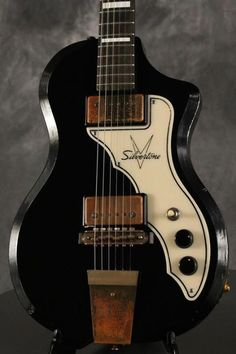 Silvertone guitar - can anyone shed more light on this one please?