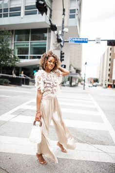 Summer Nude Outfit Idea: Zara Tulle Top & Gold Palazzo Pants, monochromatic dressing, how to dress monochromatic, cream outfit inspo, summer street style inspo Summertime Outfits, Summer Outfits, Winter Dresses, Casual Dresses, Gold Pants, Nude Outfits, Fashionable Snow Boots, Trendy Girl, Spring Summer Trends