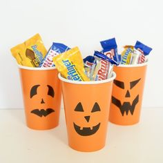 You won't believe how simple these Halloween Treat Cups are to make! They are a really fun way to hand out goodies to friends and family.