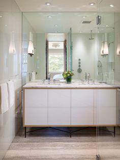 Intriguing Twin House Design; Vivacious Interior Design: Bright Bathroom Interior White Oak Floor Twin Peaks