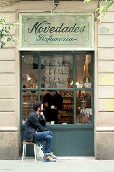 Plateselector El mejor café de Barcelona lo hace el diablo. Satan's Coffee Corner http://www.plateselector.com/satan´s-coffee-corner/