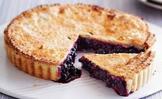 Great news for cooks: Blueberry pie with lemon pastry Blueberry Recipes, Fun Desserts, Dessert Ideas, Love Food, Tea Time, Lemon, Cooking Recipes, Treats, Chocolate