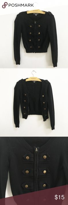 """Cute Zip Up Sweater with Buttons This jacket is in great condition only worn a few times! Zips up but had buttons for show. Buttons are """"distressed looking"""" Forever 21 Sweaters"""