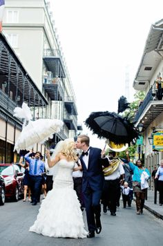 New orleans second line wedding parade new orleans wedding second line