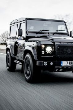 OMG! Badass Cars not available in the USA! I can't believe we're missing out on this Land Rover Defender.