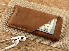 Poleno Handmade iPhone 6/6s Leather Case Holds Your Phone and Cards in Style