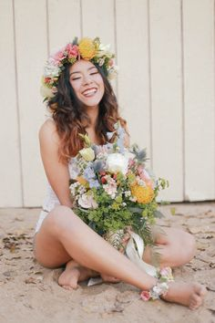 WHY ELOPING IS BETTER THAN A WEDDING? A STYLED INTIMATE BOHEMIAN ELOPEMENT // PHOTOGRAPHY: http://www.ellelily.com