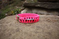 Paracord Dog Collar - Neon Pink & Black (Double Cobra Weave)