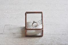Lidded Ring Box, single display : ABJ Glassworks