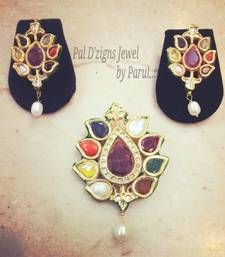 Pal D'zigns - High End Jewelry - Nawab Navrattan Kundan Set