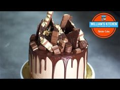 Layer Cake goût Kinder (Gâteau à étages) - English Subtitles - William's Kitchen - YouTube Layer Cake Oreo, Oreo Cake, Cake Chocolat, Gateaux Cake, Cake Designs, Birthday Cake, Happy Birthday, Food Photography, Muffin