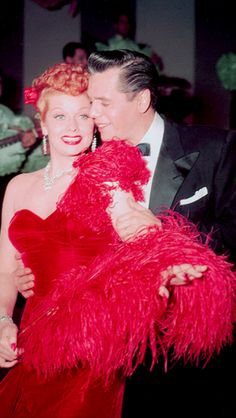 I love Lucy! Lucille Ball and Desi Arnaz photographed on the set of I Love Lucy, 1952 Hollywood Glamour, Hollywood Stars, Classic Hollywood, Old Hollywood, Hollywood Couples, Hollywood Icons, Hollywood Divas, Hollywood Actresses, I Love Lucy Show
