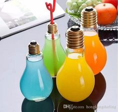2016 Hot Sale Light Bulb Shape Bottles Fruit Juice Drink Bottle Cups beverage water glass 100 ml and 200 ml for choice