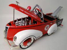 1930s-Ford-Vintage-Truck-Pedal-Car-Pickup-Midget-Metal-Show-Model