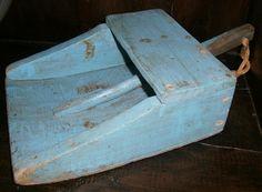 Large AAFA Primitive Wood Scoop in Robin Egg Blue Paint | eBay