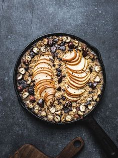 Baked Pear, Chocolate & Hazelnut Oatmeal {Vegan, GF}