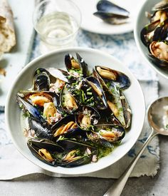 Flex those mussels in this quick recipe by Rick Stein. Perfect for nights when you don't want to spend long cooking.