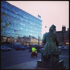 So exciting when 1st time seeing this H.C Anderson statue. My idol when I was kid. Love all his stories. Denmark, 2003
