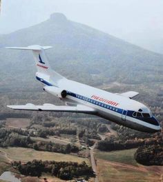 Piedmont Airlines Jet with Pilot Mountain in the background! - F28