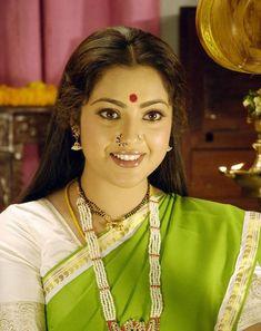 Meena Wallpapers - Wallpaper Cave Indian Film Actress, Old Actress, Tamil Actress, Indian Actresses, Beautiful Blonde Girl, Beautiful Girl Indian, Most Beautiful Indian Actress, Beautiful Ladies, South Actress