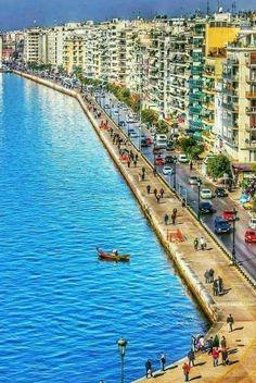 Port of Thessaloniki, Thermaic Gulf, Macedonia, Greece. Santorini Greece, Athens Greece, Macedonia Greece, Most Beautiful Beaches, Beautiful Places, Places Around The World, Around The Worlds, Greek Isles, Belle Villa