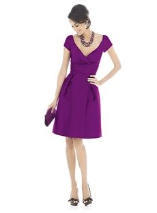 Perth Fashionable V-Neckline Knee-Length Short Sleeve Purple Bridesmaid Dress