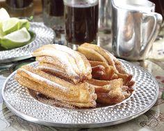 Hierdie resep is uit die boek Classic Mexican Kitchen deur Jane Milton. Churros word tradisioneel...