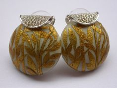 Handmade earrings with laminated gold  by Tatiana Apraez